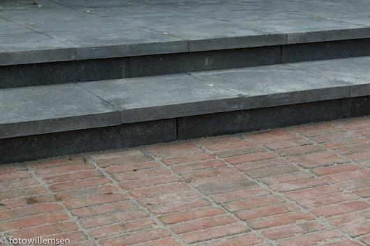 Bestrating straat en trap