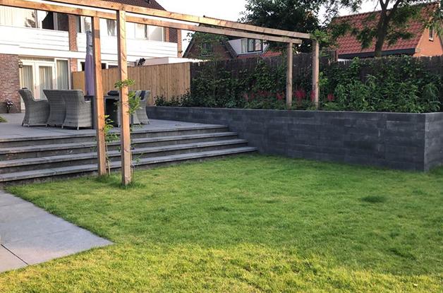 Hoefakker project Soest tuin met hoogteverschil (2) slider