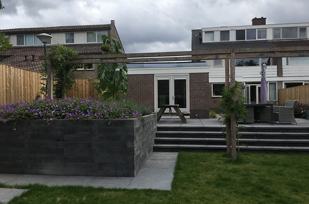 Hoefakker project Soest tuin met hoogteverschil (5) slider