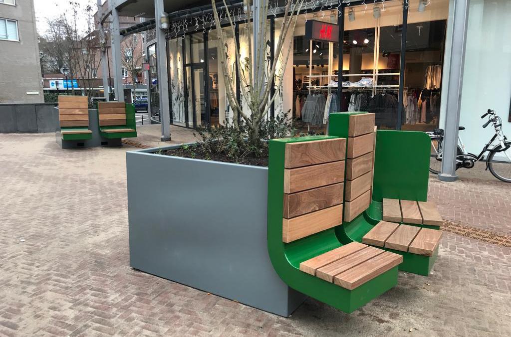 Selectie Hoefakker buitenruimte meubilair en boombakken (1) m